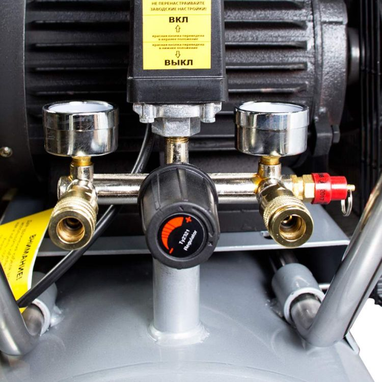 Компрессор ременной двухцилиндровый 380В 4кВт 678л/мин 10бар 100л Sigma (7044521) - 4